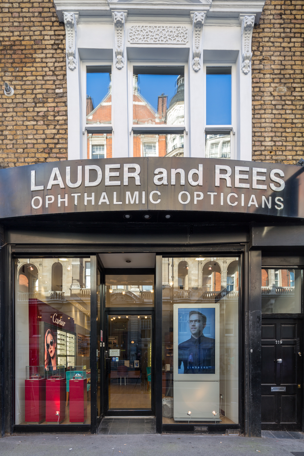 Lauder and Rees Praed Street